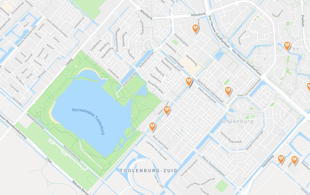 Waar hangt een AED in Toolenburg?