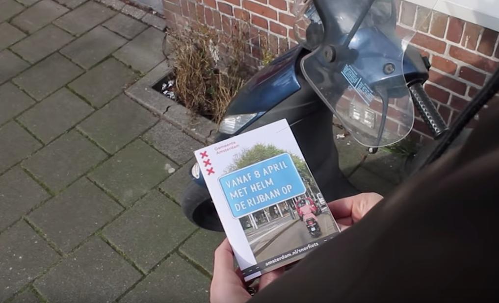 Amsterdam, snorfietsers vanaf 8 april van de fietspaden af.